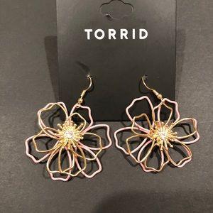 NWT Torrid Wire Floral Earrings Pink
